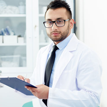 Dr Maxwell Jain